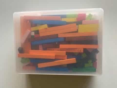 boîte de rangement pour les réglettes Cuisenaire