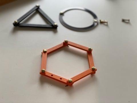 hexagone, triangle et cercle - figures planes géométriques